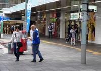 和駅中央口3.JPG